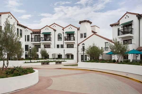 Cotton's point senior apartments exterior view2