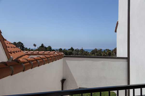 Cotton's point senior apartments balcony view